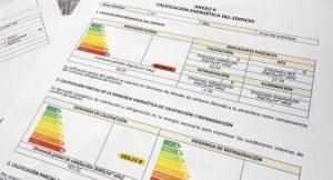 Este es el aspecto del Certificado Energético, si no lo encuentras puedes pedir una copia